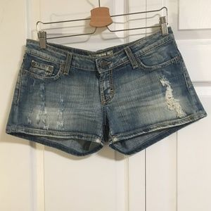 BKE Stella Distressed Stretch Shorts Size 29